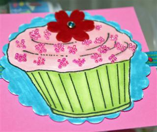 cupcake-close-up-dec-07-jami-custom.jpg