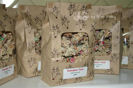 reindeer-food-jami-dec-07-custom.jpg
