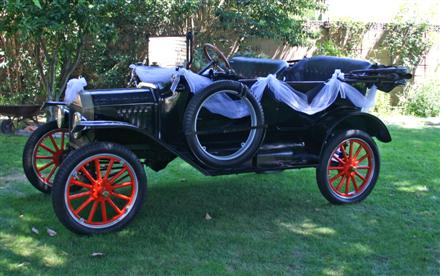 model-t-decorated-jami-june-08-custom.jpg