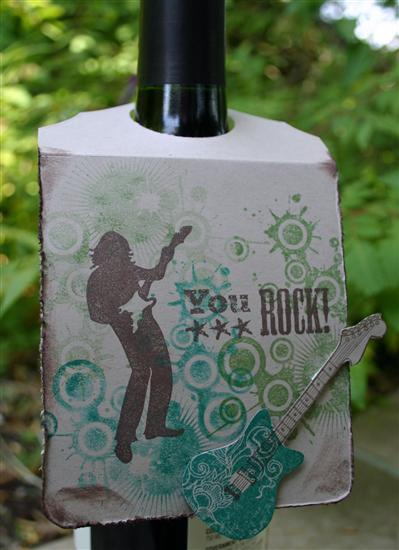 bottle-tag-close-up-by-jami-custom.jpg